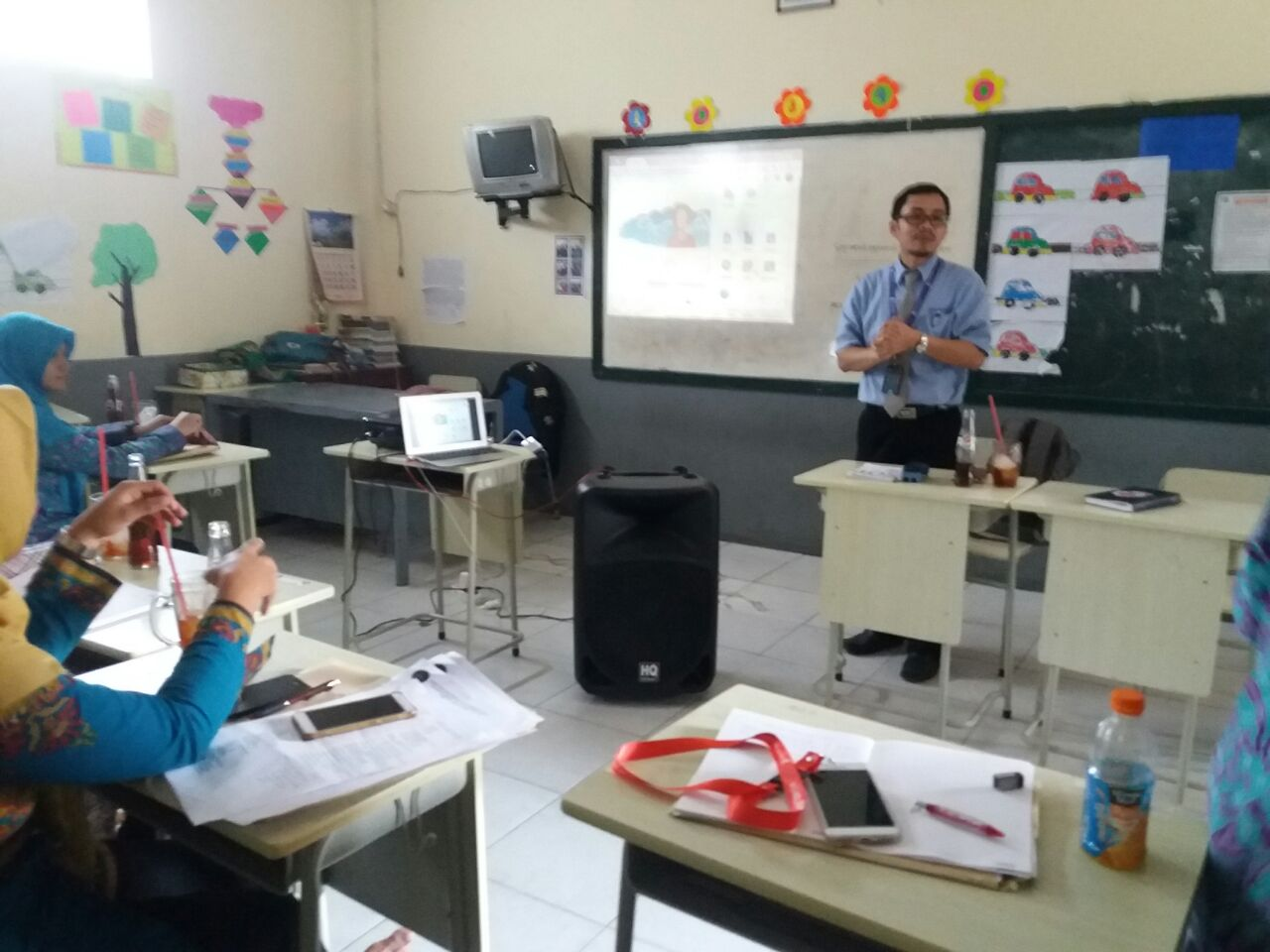 Introduction Teachers 21st Century @ SD Fadilah